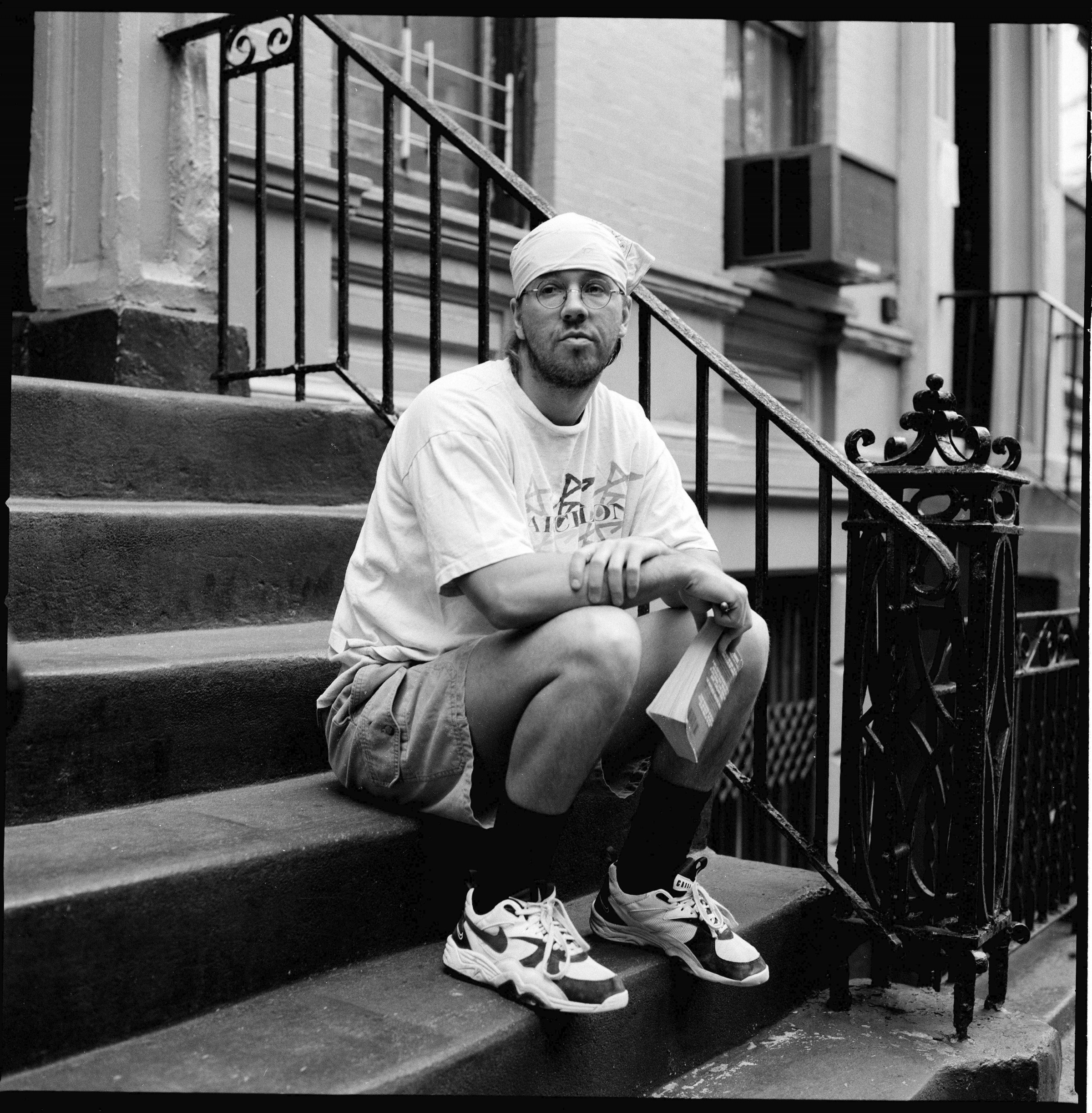 david-foster-wallace-stoop-e1395985146634