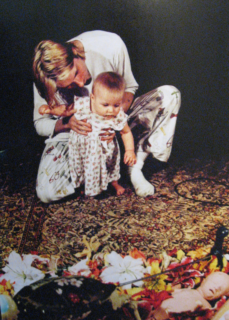 kurt_cobain_in_utero_back_cover_collage_frances